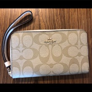 Coach Phone Wallet NWT